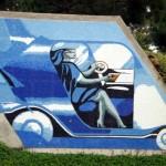 Mural en granito de La Guatemalita - Autos