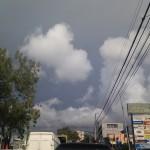 Sombra negra en el cielo
