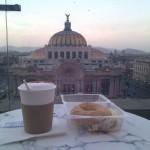 Cappuccino frente a Bellas Artes