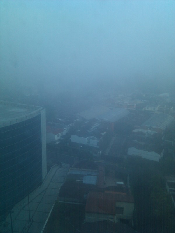 Solo de ver esa niebla me dan ganas de regresar a dormir