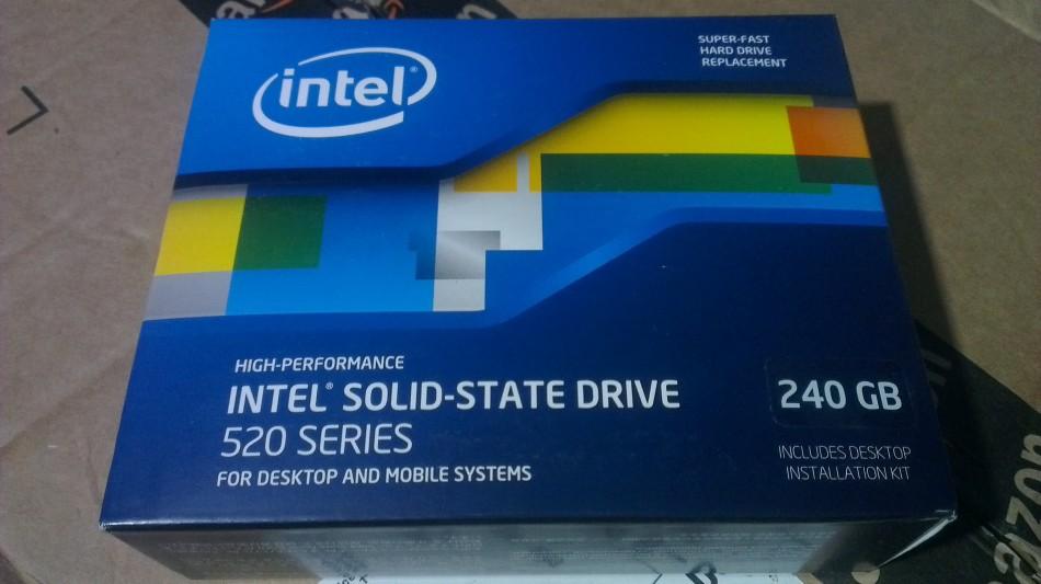 Intel SSD 520 - 240gb