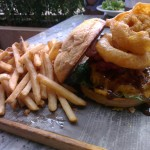 Fuck, demasiado grande esta hamburguesa