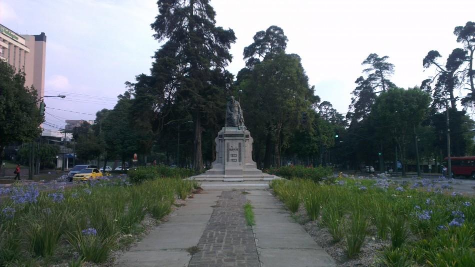 Monumento a Lorenzo Montúfar