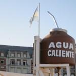 Tan argentino como vender agua caliente en la playa