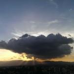 Detrás de la nube