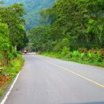 Camino a aldea Chavaya