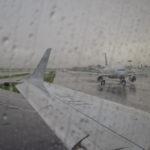 Buenos chaparrones en el aeropuerto